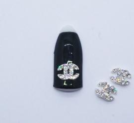 Броши для ногтей - «Chanel» с белыми стразами (F001-01)