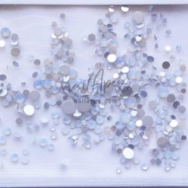 Стразы «Crystal» мутный опал: голубые